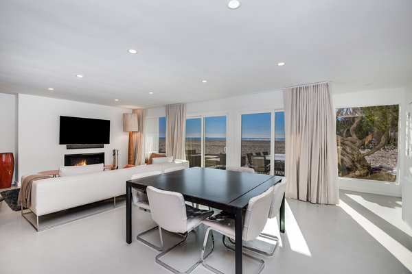 Modern home with dining room. Photo 4 of Stunning 3BR on the sand in Marina del Rey