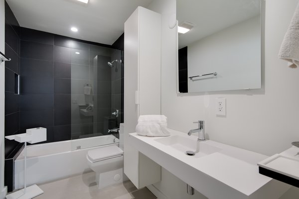 Modern home with bath room. Photo 7 of Stunning 3BR on the sand in Marina del Rey