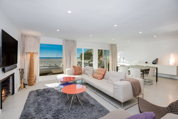 Modern home with living room. Photo 3 of Stunning 3BR on the sand in Marina del Rey