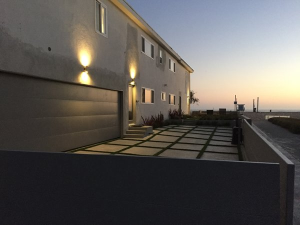 Modern home with outdoor. Photo 13 of Stunning 3BR on the sand in Marina del Rey