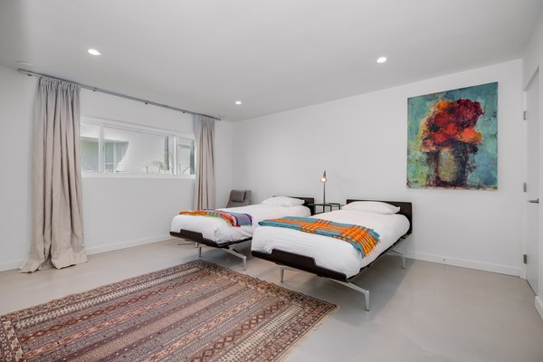 Modern home with bedroom. Photo 11 of Stunning 3BR on the sand in Marina del Rey