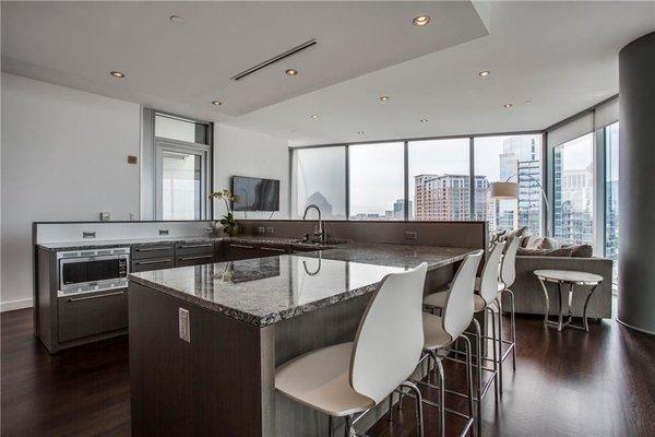 Photo 2 of Modern Dallas High-Rise modern home