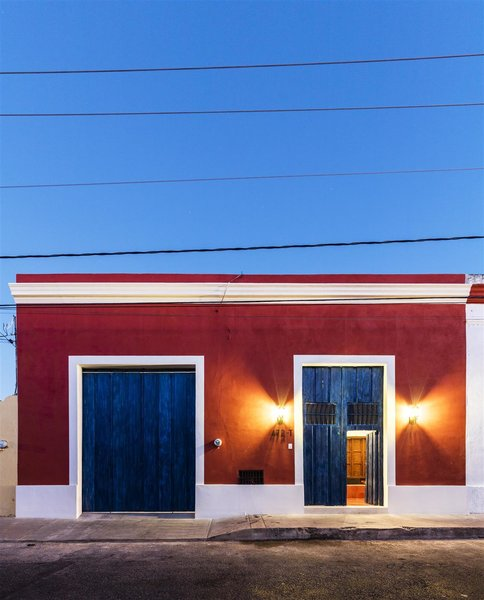 Modern home with outdoor, front yard, and hanging lighting. Photo 5 of Casa RC80