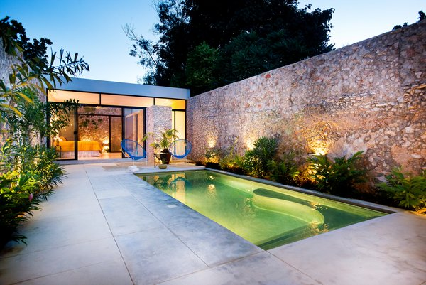 Modern home with outdoor. Photo 16 of Casa FS55
