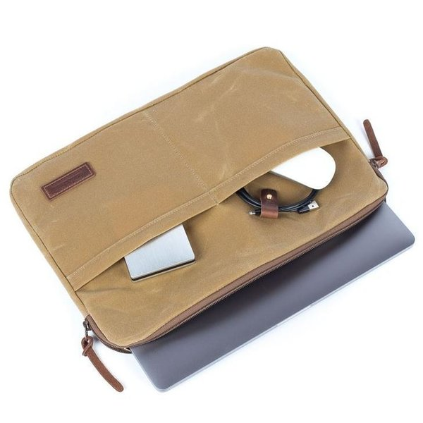 "Waxed Canvas Laptop Sleeve ""Atlas"" (13 inches)"