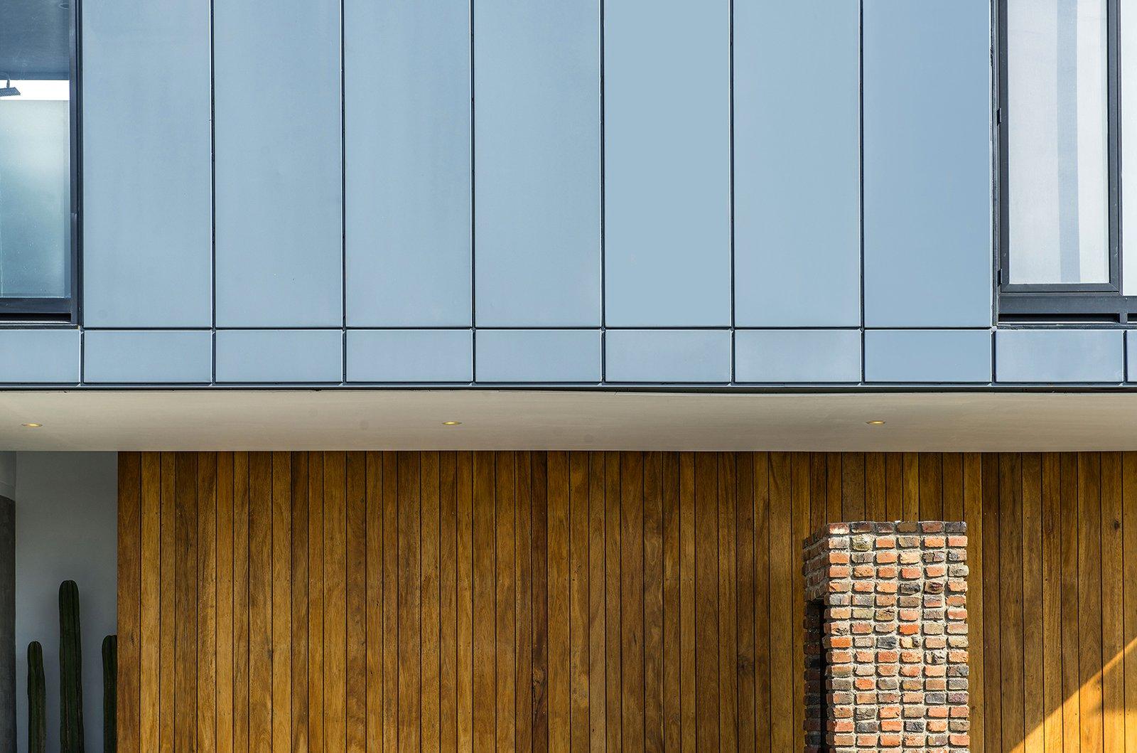 Detail - Facade Casa MA by e|arquitectos