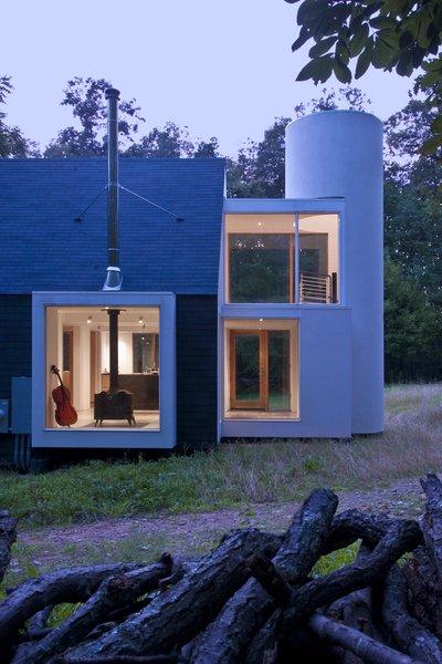 Photo 2 of 21st Century Cabin modern home