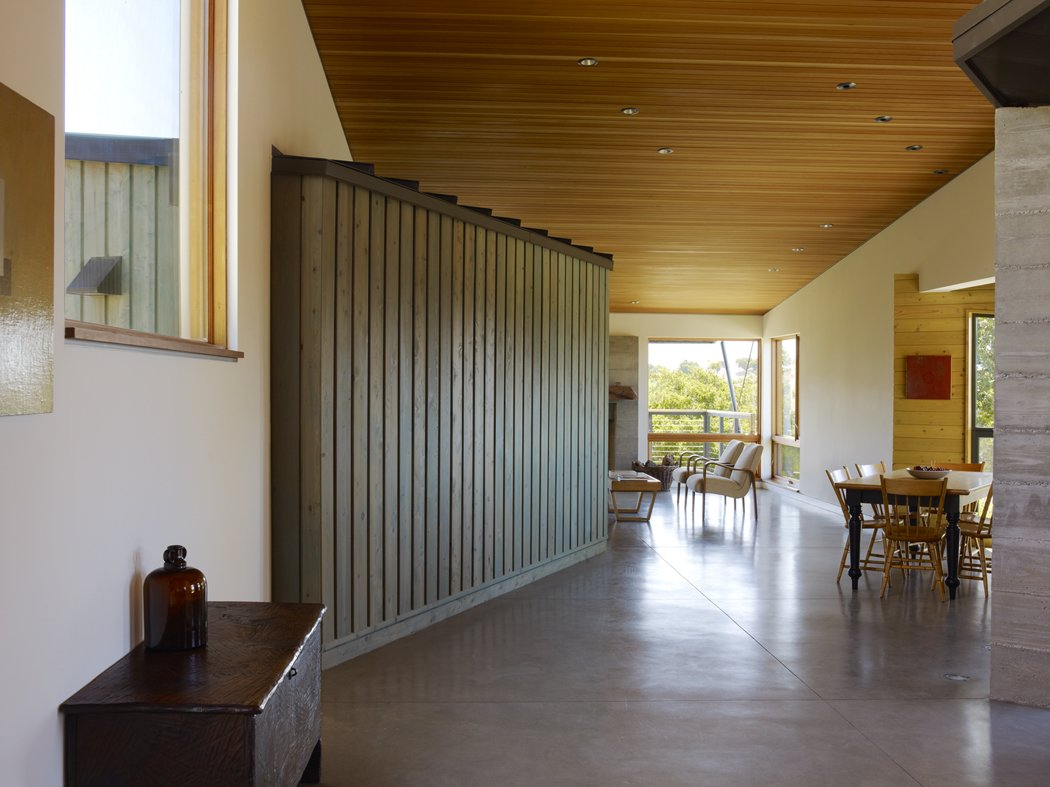 Santa Ynez House by Fernau & Hartman Architects