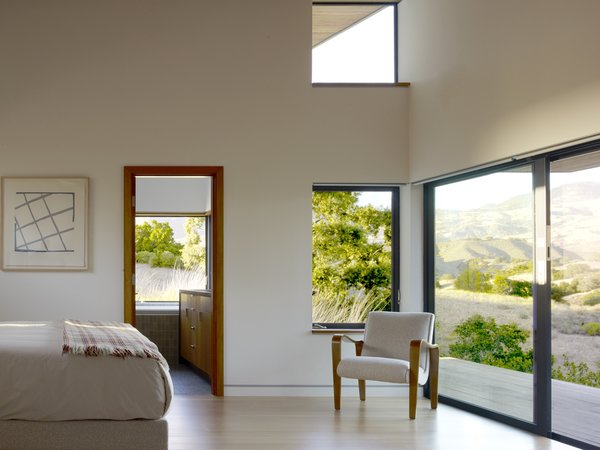 Modern home with bedroom. Photo 11 of Santa Ynez House