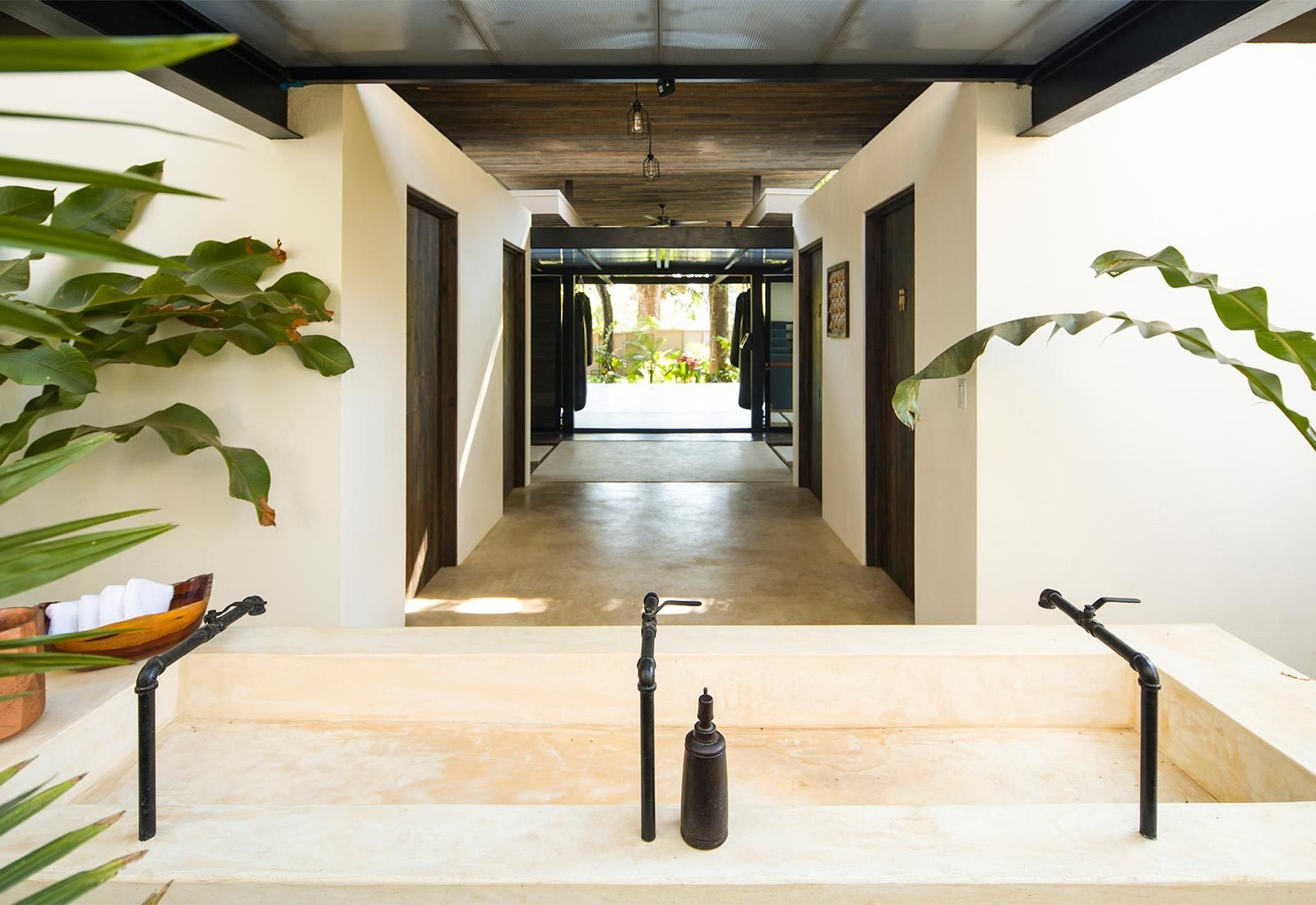 Tagged: Bath Room and Concrete Counter.  Nalu by Studio Saxe