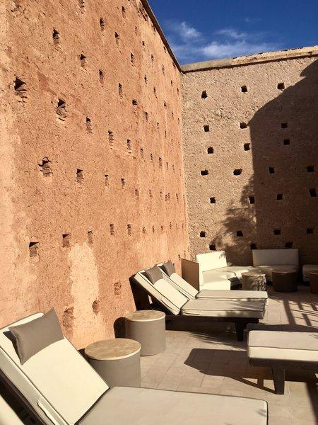 http://abnb.me/EVmg/ZerWHwW7KD Photo 13 of ROYALRIAD MARRAKECH modern home