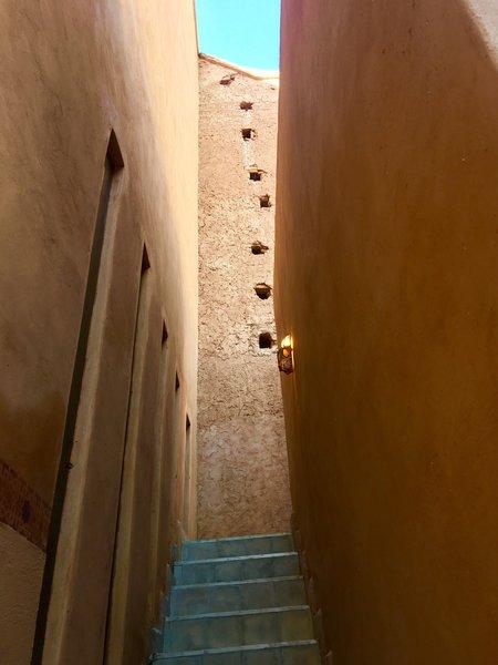 http://abnb.me/EVmg/ZerWHwW7KD Photo 8 of ROYALRIAD MARRAKECH modern home