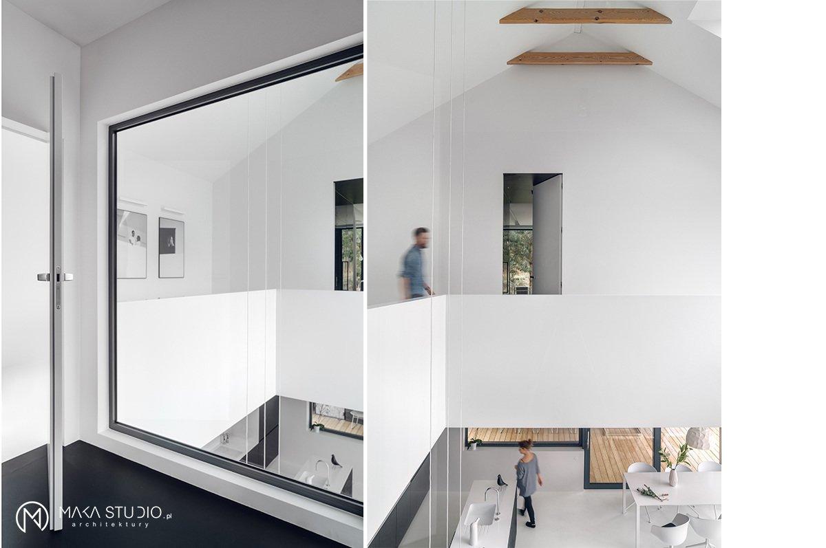 Minimal Seaside Villa by MAKA Studio