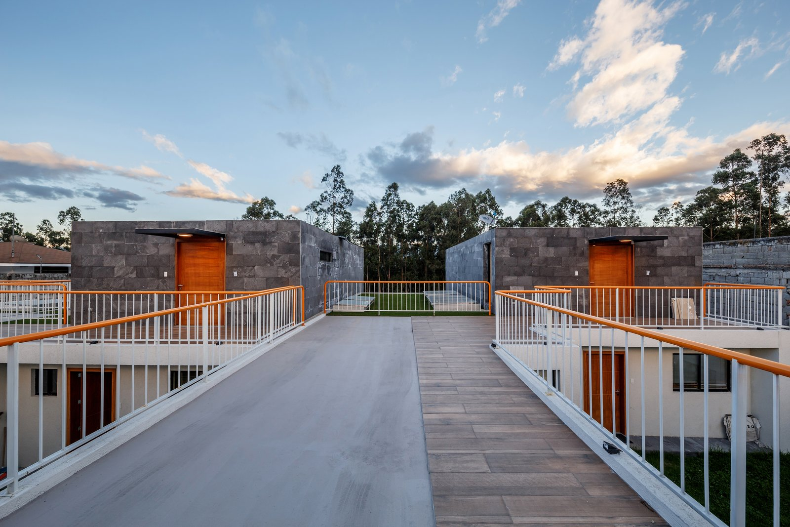 Tagged: Outdoor, Back Yard, Metal Fences, Wall, and Tile Patio, Porch, Deck.  FF Houses by TEC Taller EC
