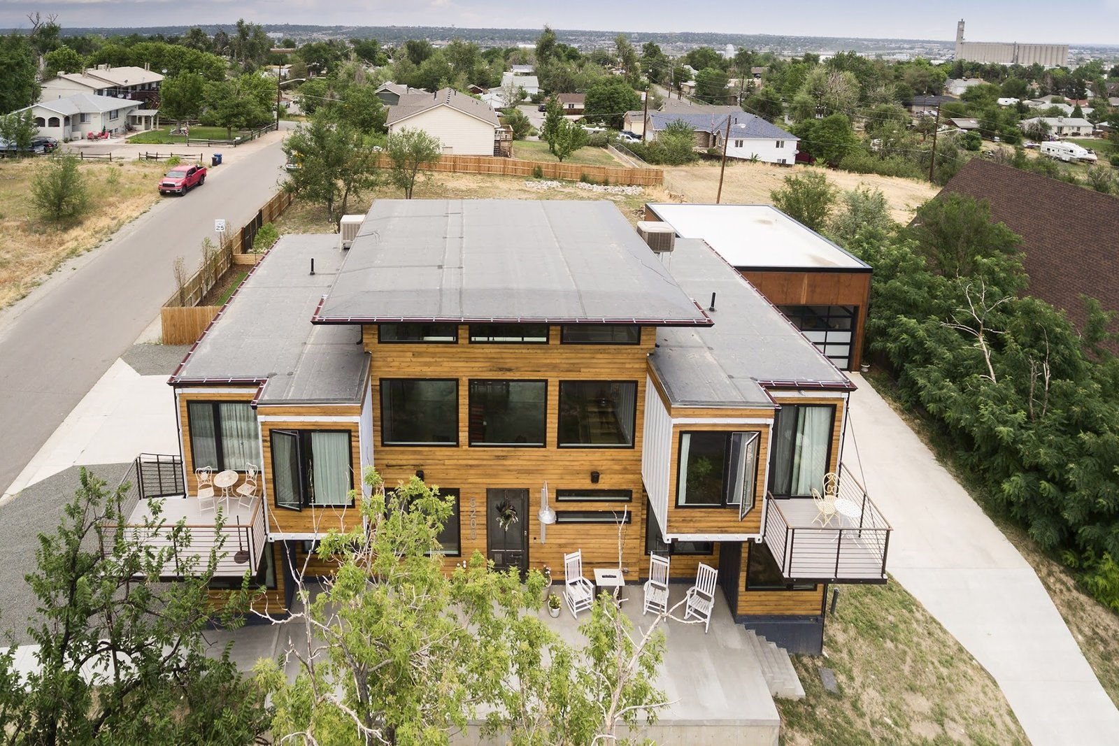 Chris Boylen Photography  The Container house by regan foster