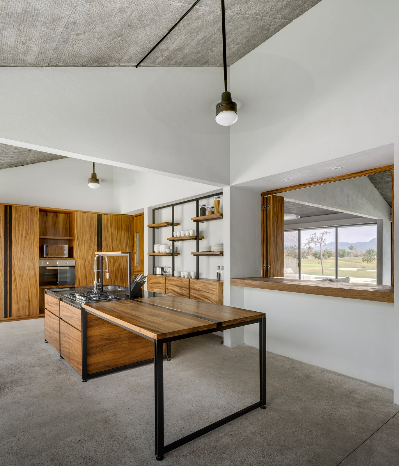 Tagged: Kitchen, Granite Counter, and Wood Cabinet.  Casa Paraíso Country Club by DCPP