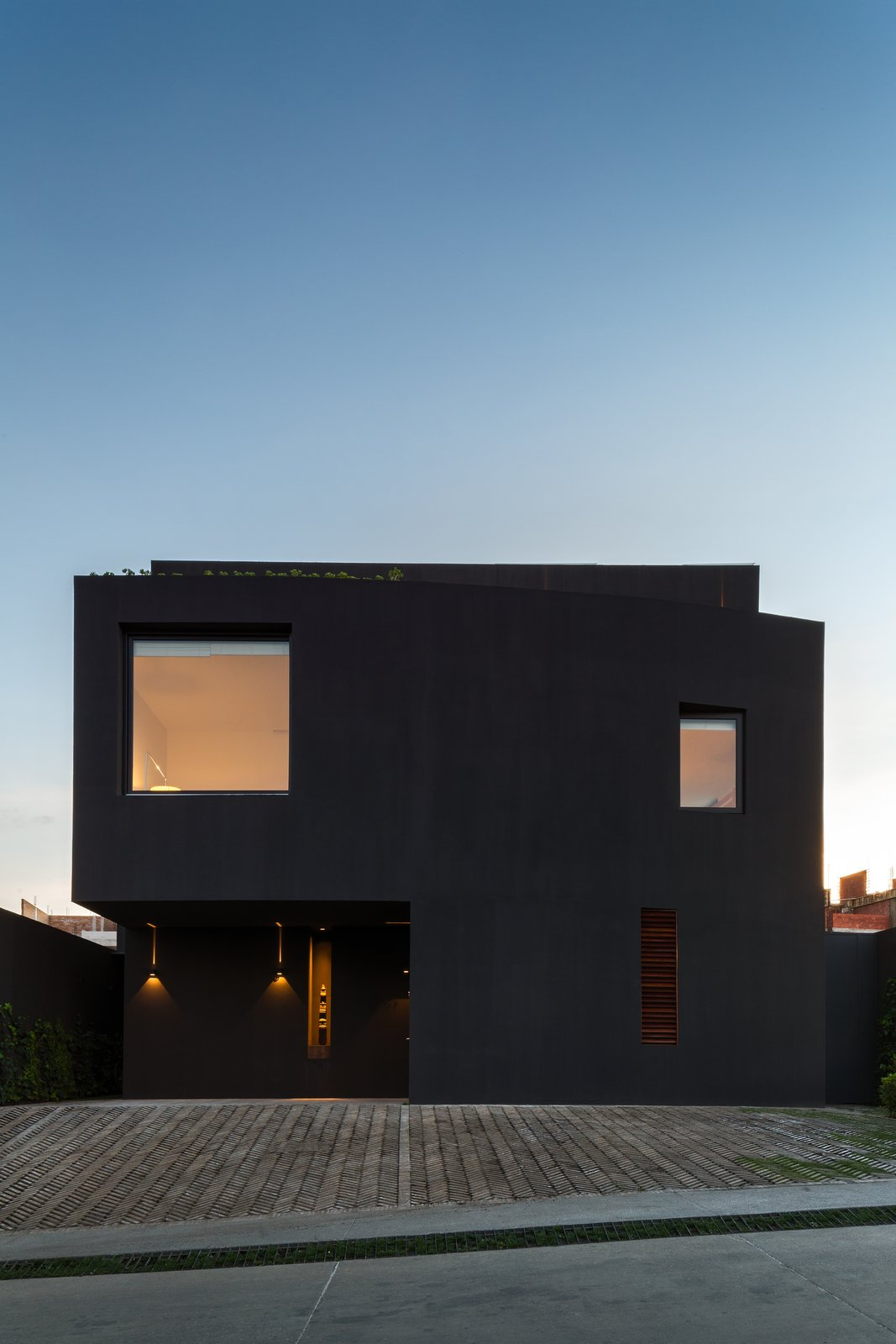 Casa Cumbres by DCPP