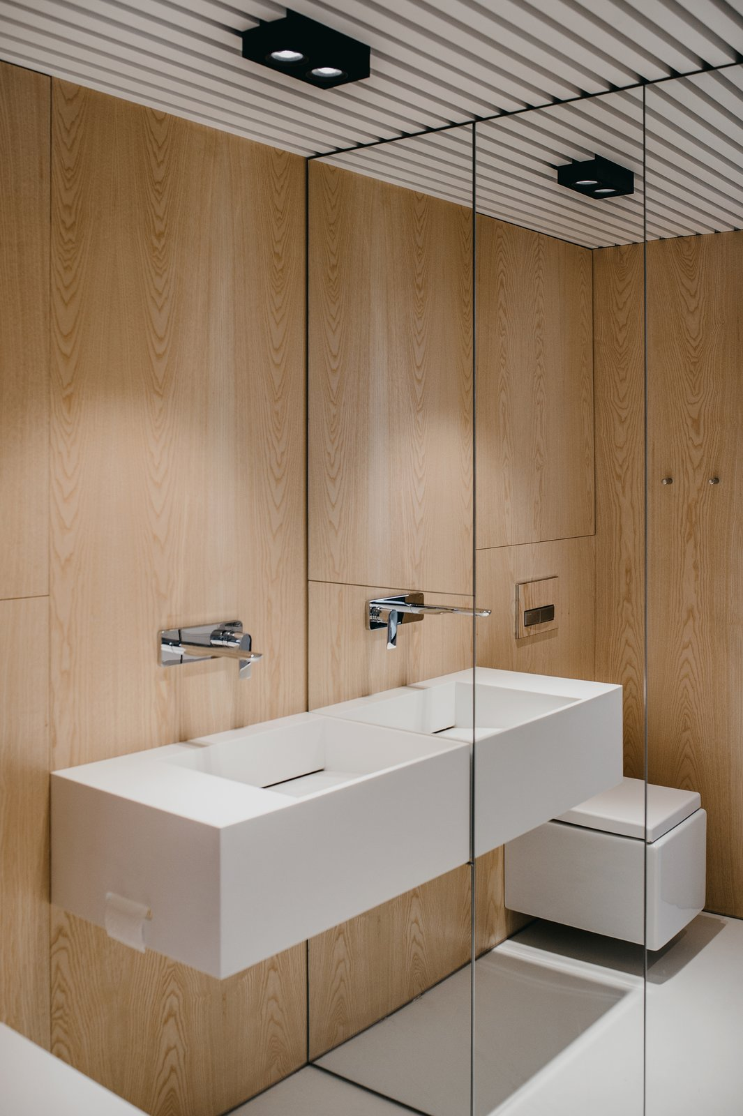 bathroom  Wireframe by MUS ARCHITECTS