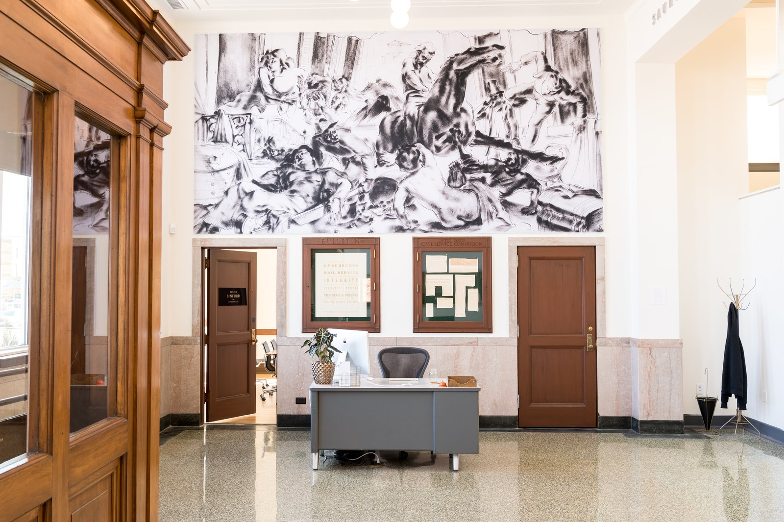 A Historic U.S. Post Office Is Transformed Into a Digital Agency's New Modern Office - Photo 5 of 16