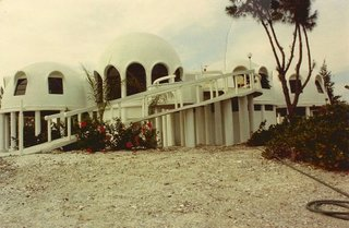 Discover Florida's Mysterious Dome Home Before It Sinks Into the Sea - Photo 2 of 11 -