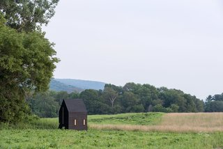 Writers Work in Mobile Studios at This Incredible Residency in Massachusetts - Photo 3 of 12 -