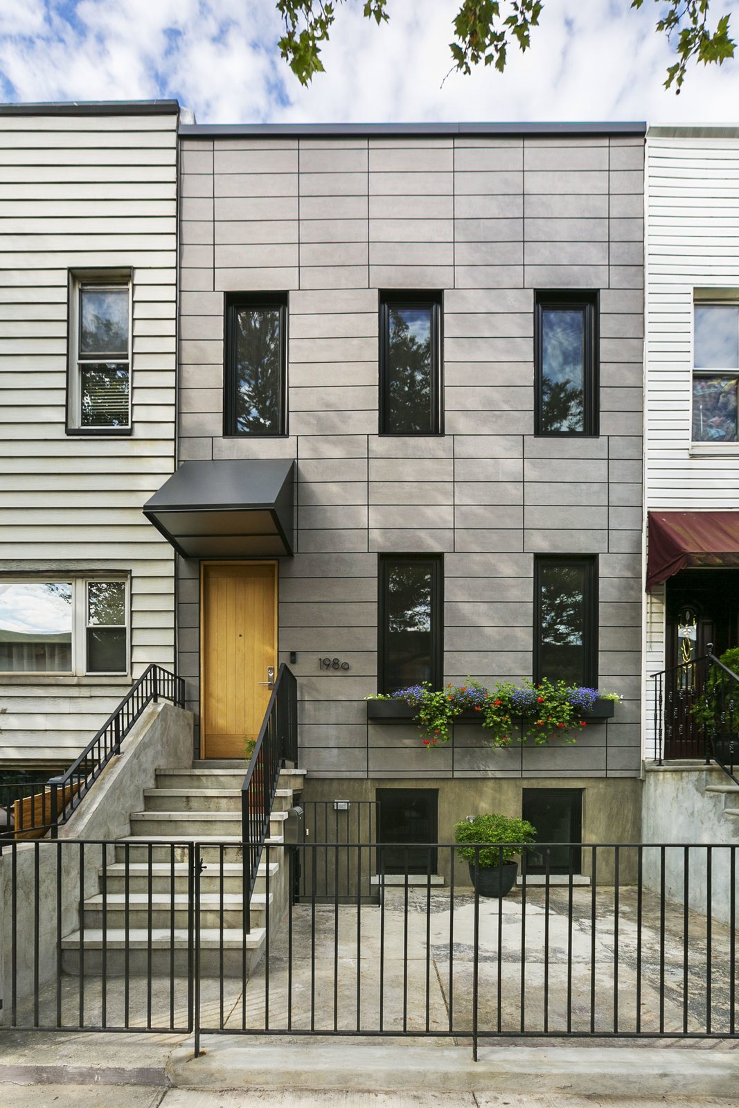 Sunset park row house modern home in new york by bostudio for Best row house designs