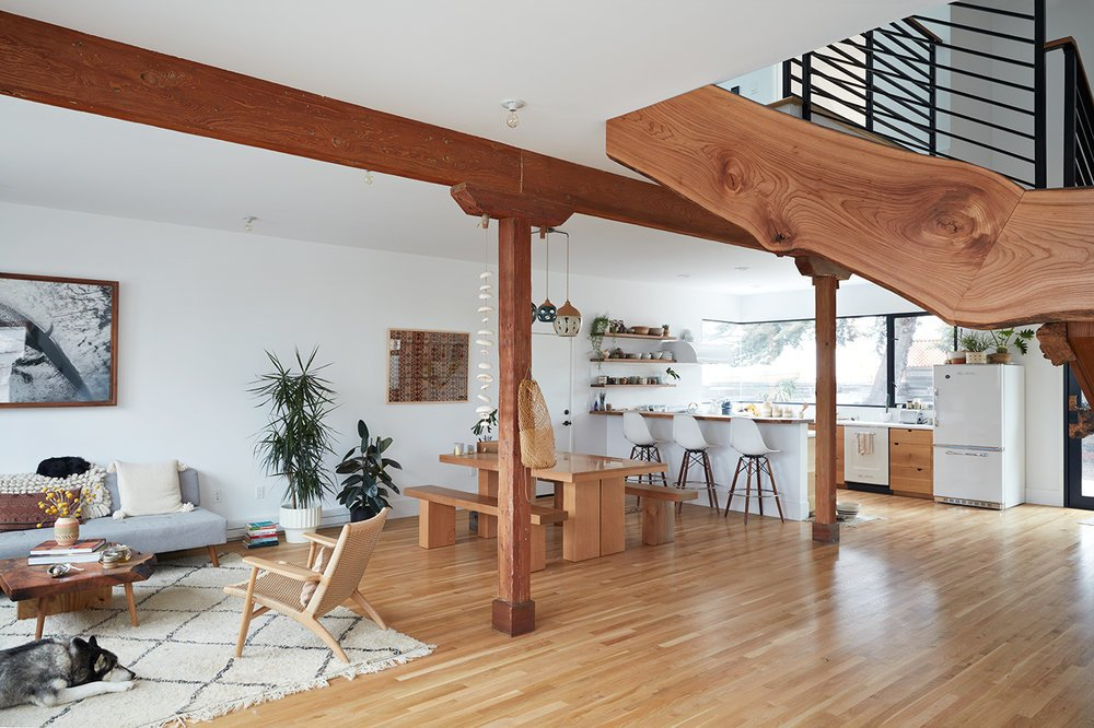 This Beachside Pad in San Francisco Is the Stuff of Surfers' Dreams