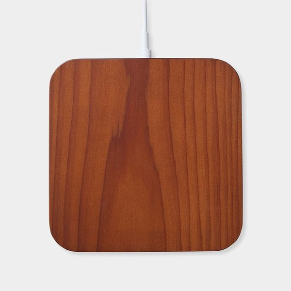 Rest Wireless Charger with iPhone 6 Case