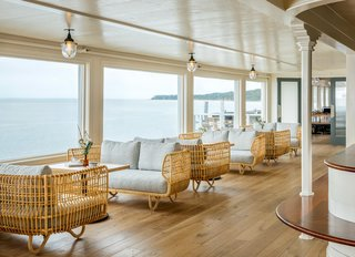 Overlooking the Long Island Sound, a Revamped Hotel Channels its Nautical Roots - Photo 3 of 10 -