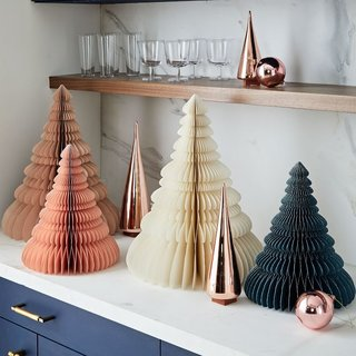 10 Festive Alternatives to the Traditional Christmas Tree - Photo 4 of 10 -