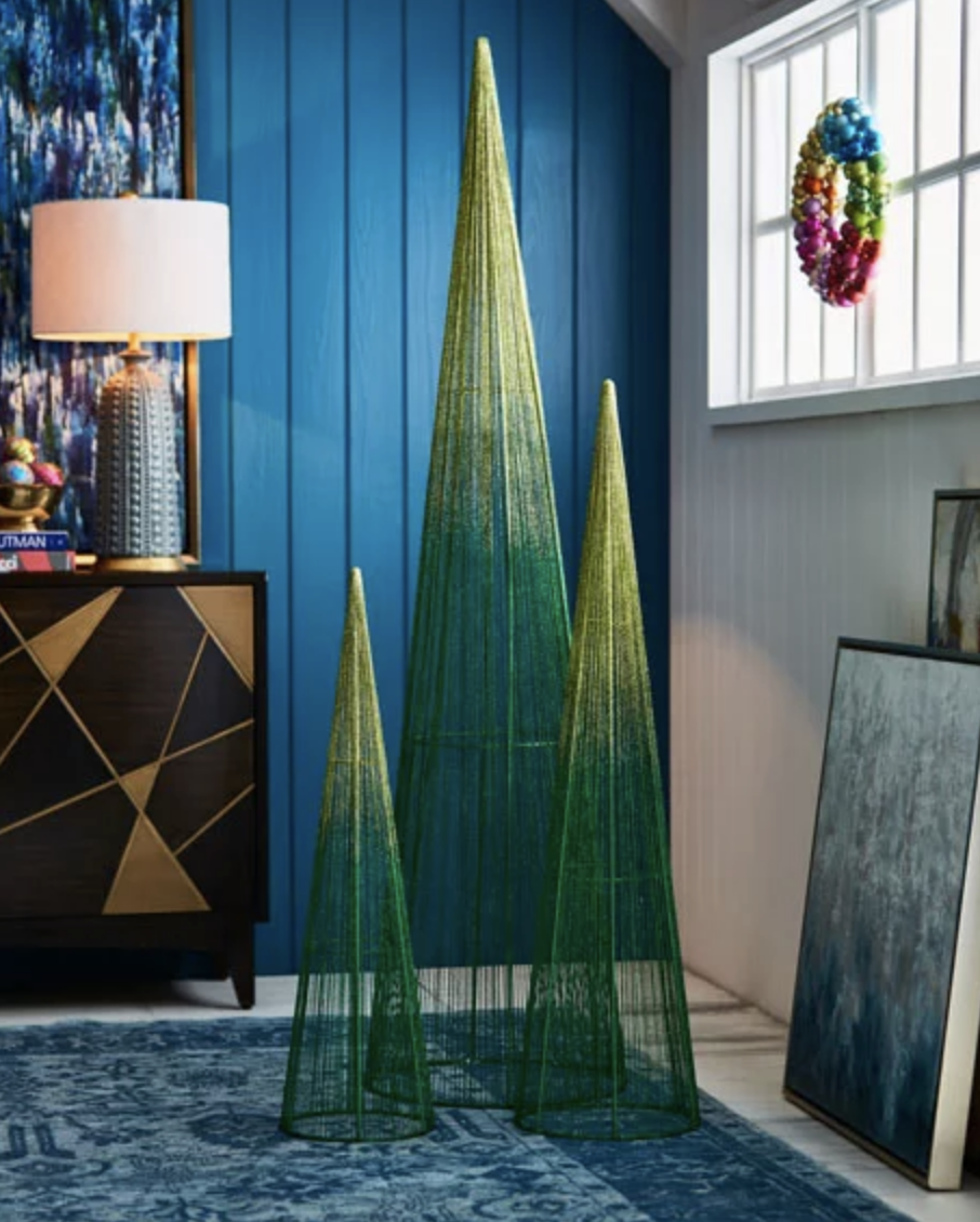10 Festive Alternatives to the Traditional Christmas Tree