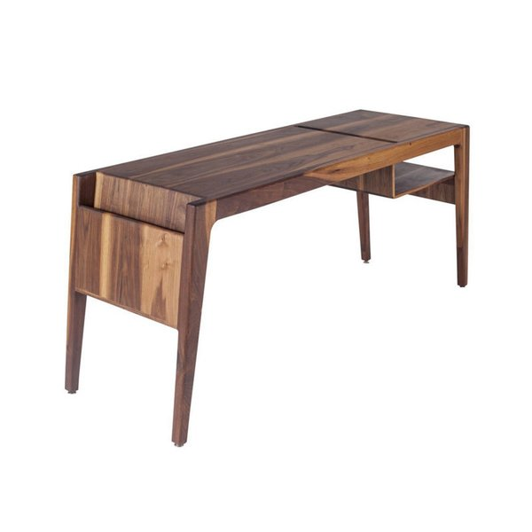 Ali Sandifer Heiss Desk