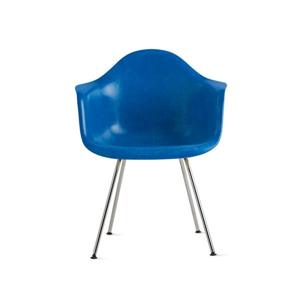 Eames Molded Fiberglass Armchair with 4-Leg Base