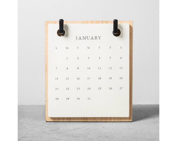 2018 Wood Desktop Paperboard Calendar