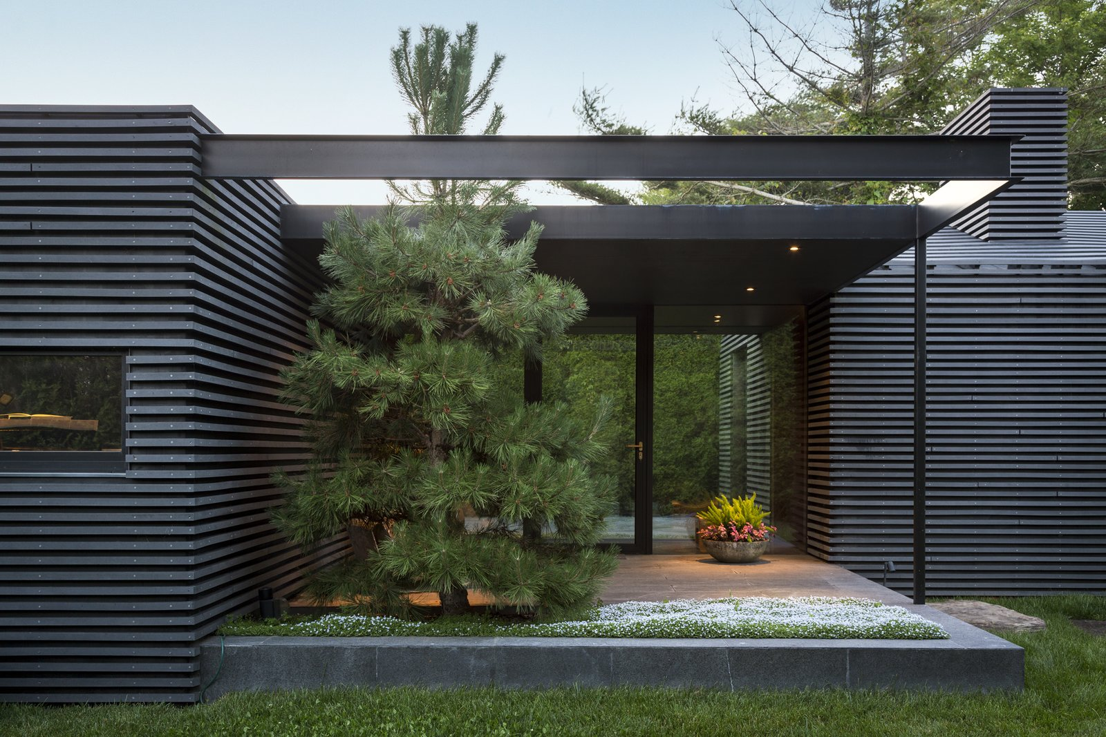 Tagged: Outdoor, Grass, Trees, Front Yard, Gardens, Small, Stone, and Planters.  Best Outdoor Front Yard Planters Photos from Black House