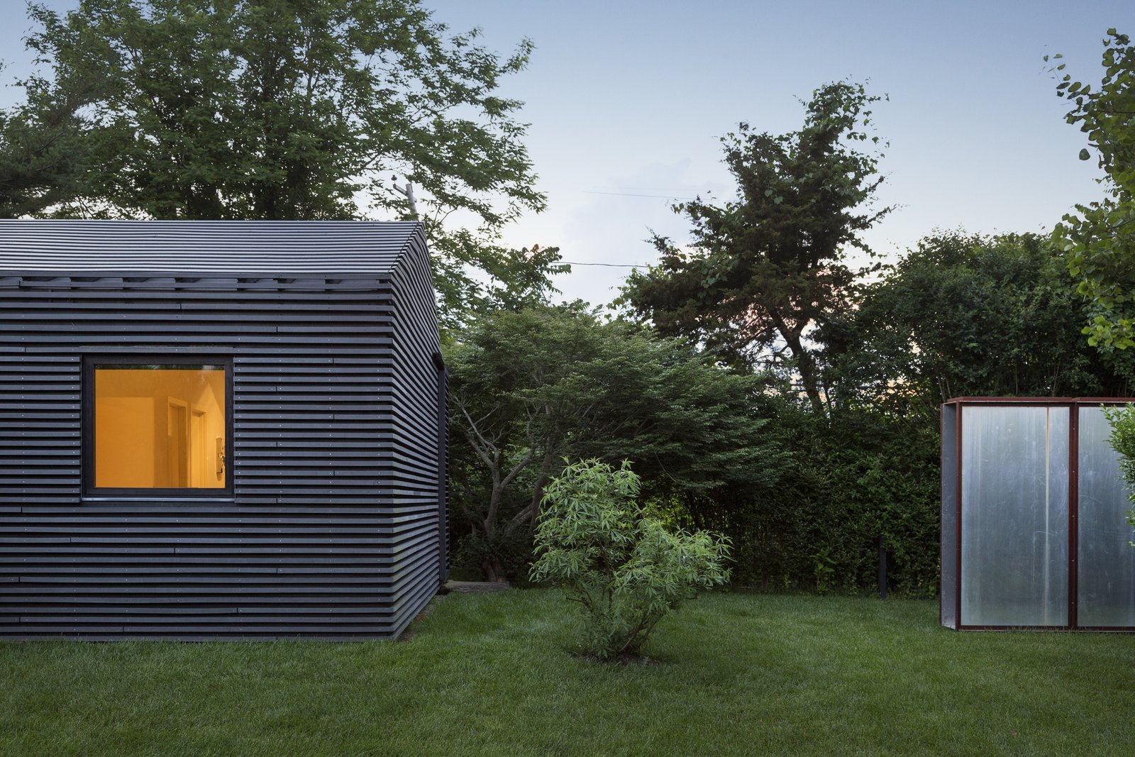 Black House by Oza/Sabbeth Architecture