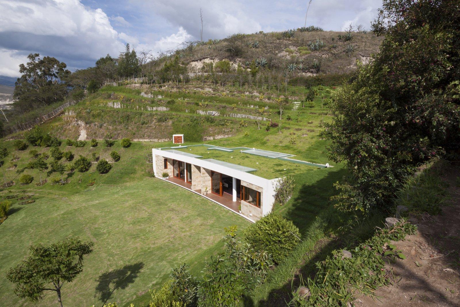 Tagged: Dining Room.  Casa Mirador by Francisco Almeida