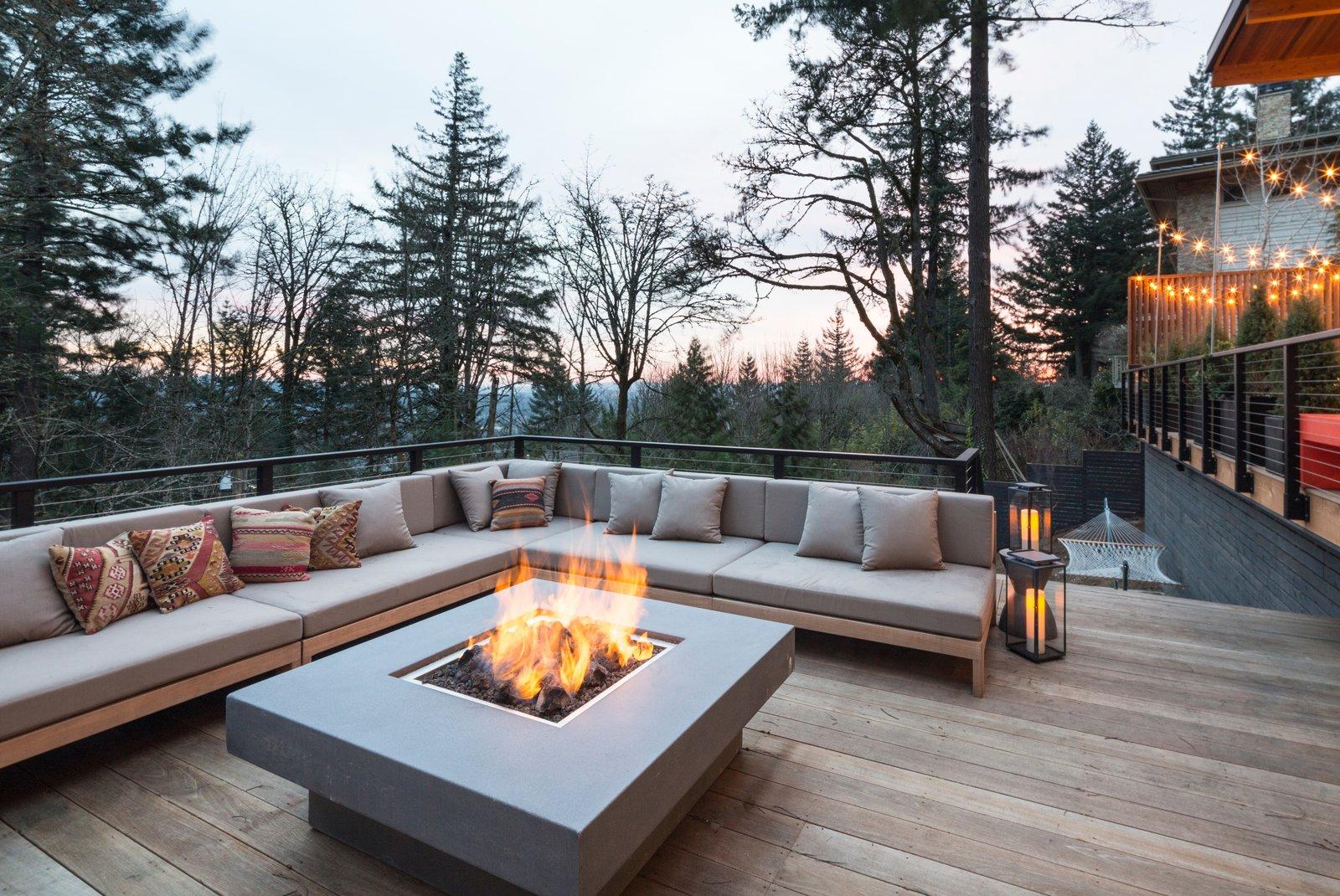 Fire pit terrace