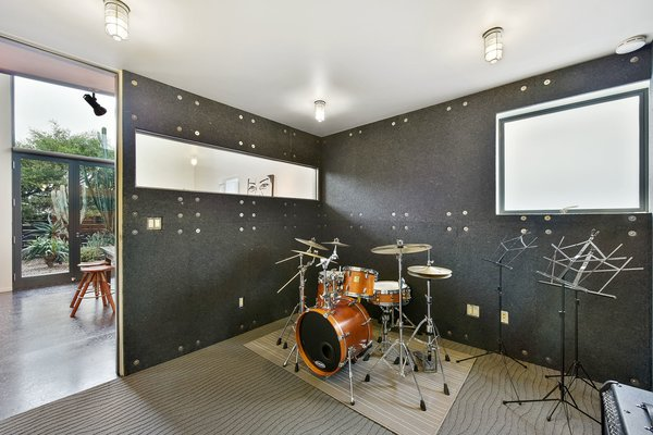 Level 1 music studio