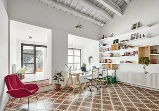 Can This Renovated, Loft-Like Home in Spain Be Any More Gorgeous?