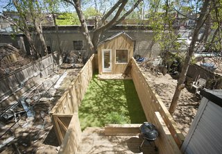 This Architect's Tiny Studio Is the Ultimate Backyard Workspace - Photo 2 of 9 -
