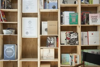 This Architect's Tiny Studio Is the Ultimate Backyard Workspace - Photo 5 of 9 -