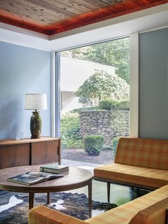 A Showstopping Midcentury in New Canaan Hits the Market - Photo 5 of 12 -