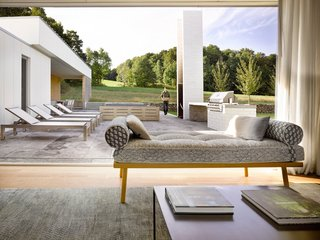 A LEED Gold Weekend Home Embraces the Ontario Landscape - Photo 8 of 16 -