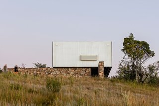 A Remote Prefab in Uruguay Is Completely Self-Sufficient - Photo 10 of 15 -
