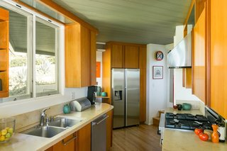 A Midcentury Schindler Gem With a Writer's Studio Asks $2.3M - Photo 3 of 16 -