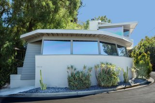 A Midcentury Schindler Gem With a Writer's Studio Asks $2.3M - Photo 6 of 16 -