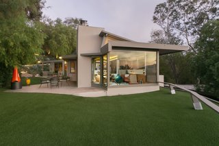 A Midcentury Schindler Gem With a Writer's Studio Asks $2.3M - Photo 11 of 16 -