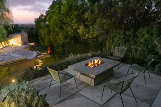 A Midcentury Schindler Gem With a Writer's Studio Asks $2.3M - Photo 12 of 16 -