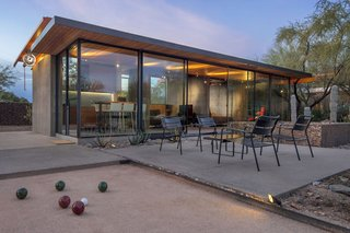 An Old Horse Barn Is Repurposed as a Chic Desert Guesthouse - Photo 5 of 11 -